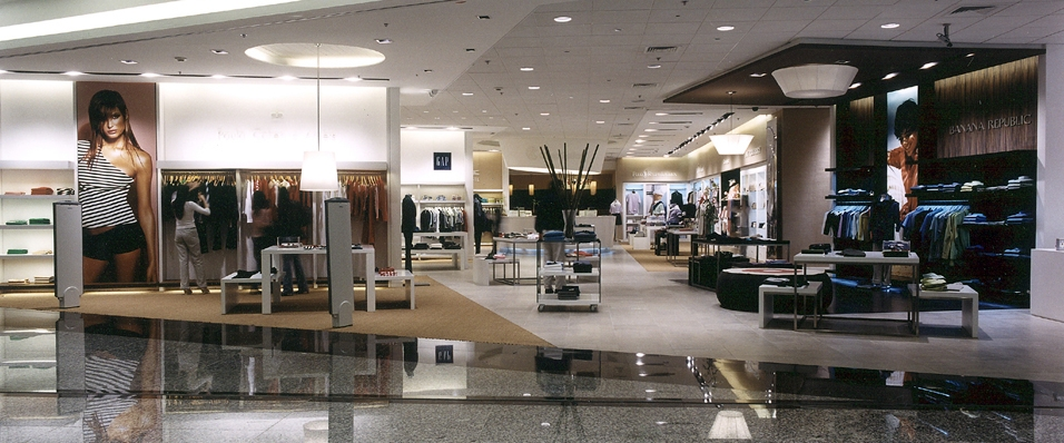 Point design duty free shop argentina for Free people store decor
